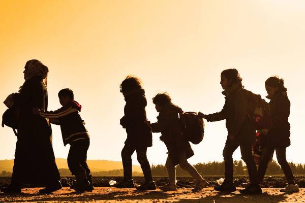 ΕΙΔΟΜΕΝΗ: Τα καραβάνια της ελπίδας -- Κώστας Τσομάκος