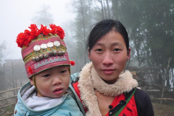 Μορφές, εικόνες και ήχοι από Καμπότζη- Βιετνάμ -- Μαίρη Γαργάλα